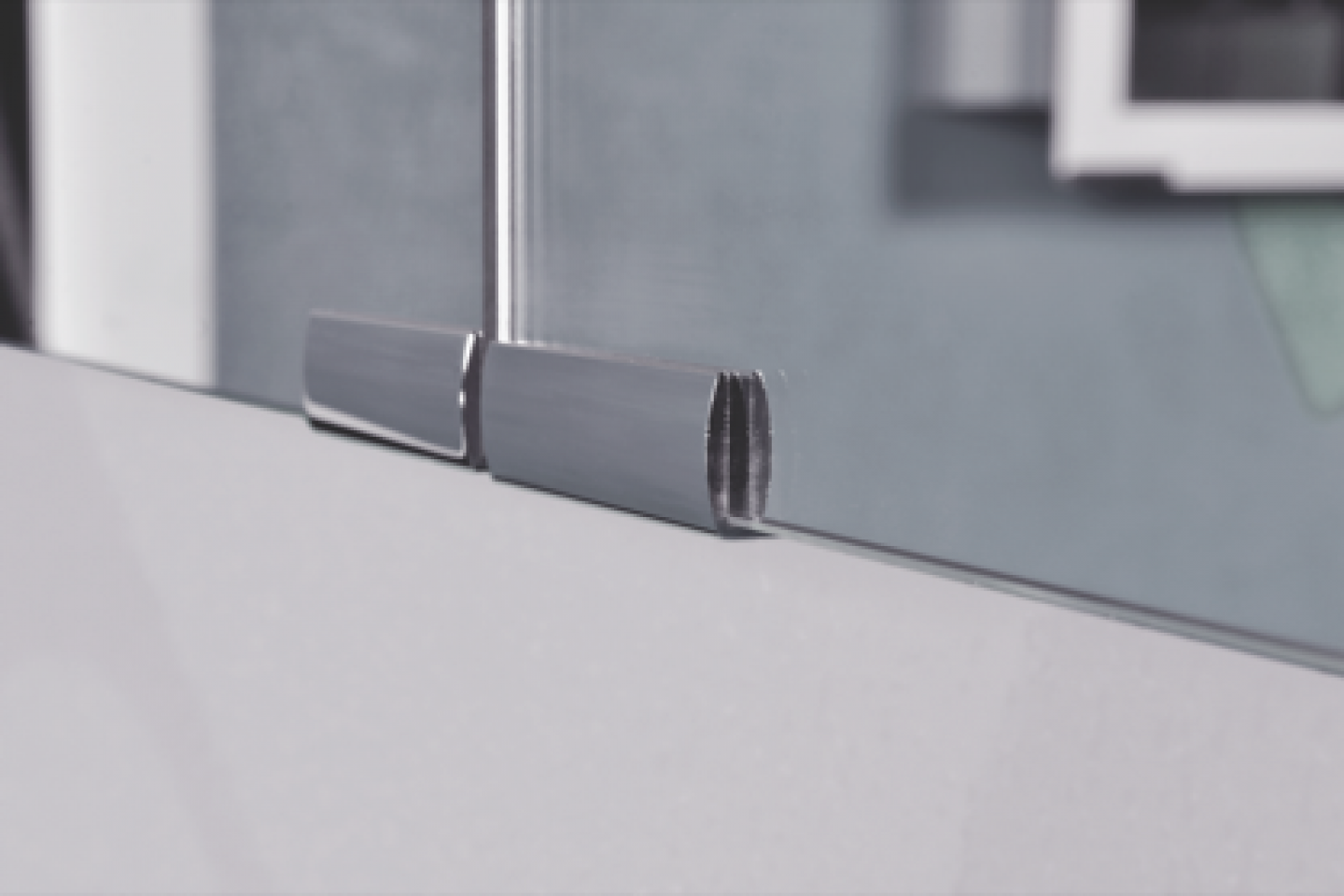 Features Diamando understated aluminum handles