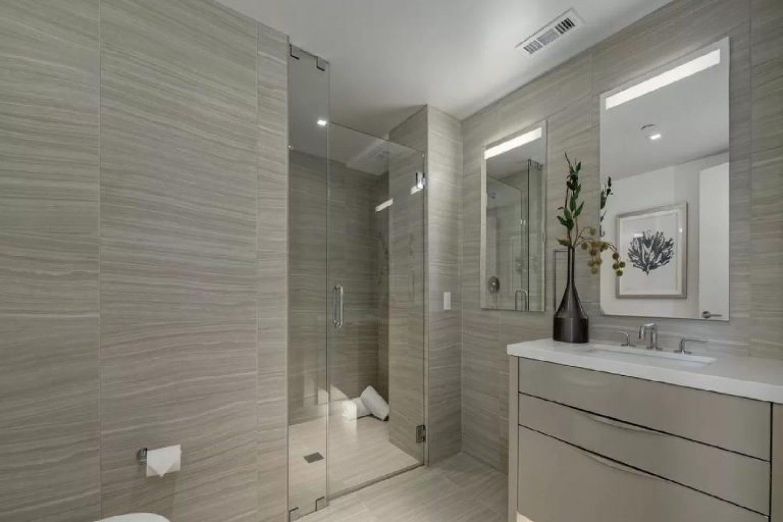 1450-Franklin-Bathroom Diamando LED